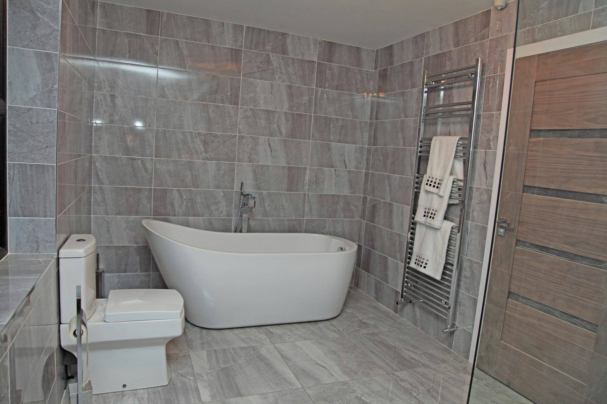 Simple Run By Steve Wright, A Timeserved Builder With Over 30 Years Experience, Complete Bathroom Services Blackpool
